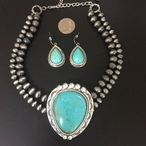 Vintage Country Couture Jewelry - Turquoise Necklace Choker with Earrings & Bracelet
